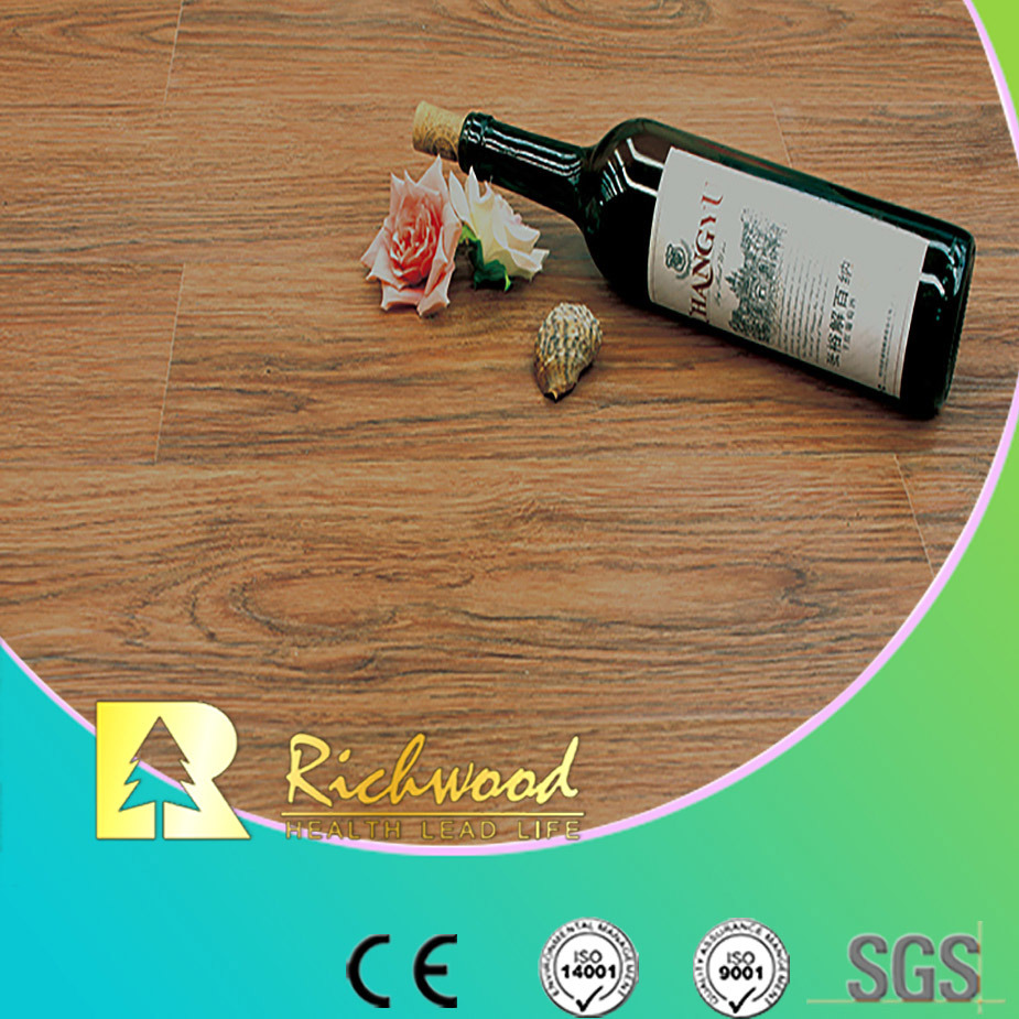 Commercial 8.3mm E0 HDF Wooden Texture Walnut U Grooved Water Resistant Laminate Floor