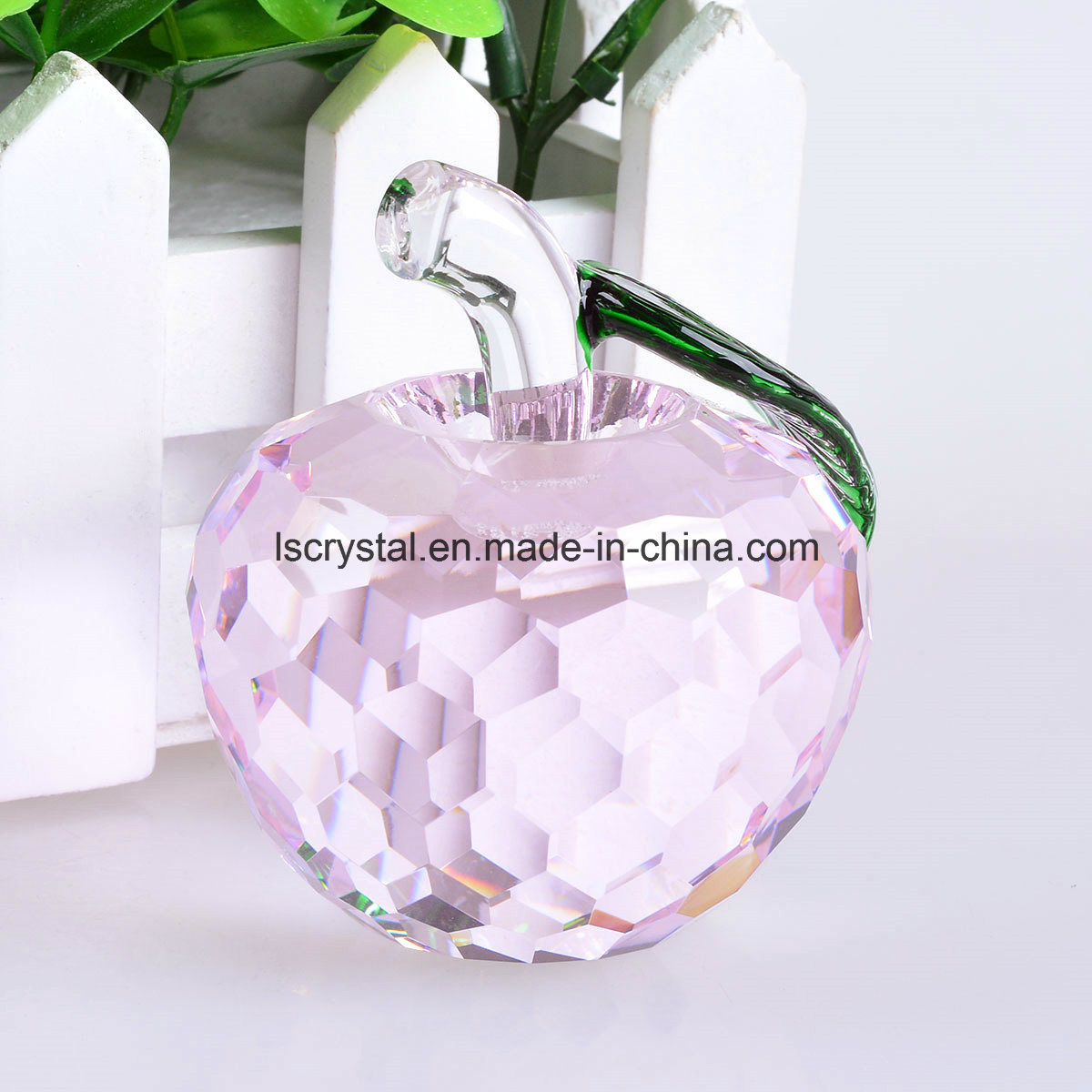 60mm Pink Crystal Glass Faceted Apple Paperweight for Decoration