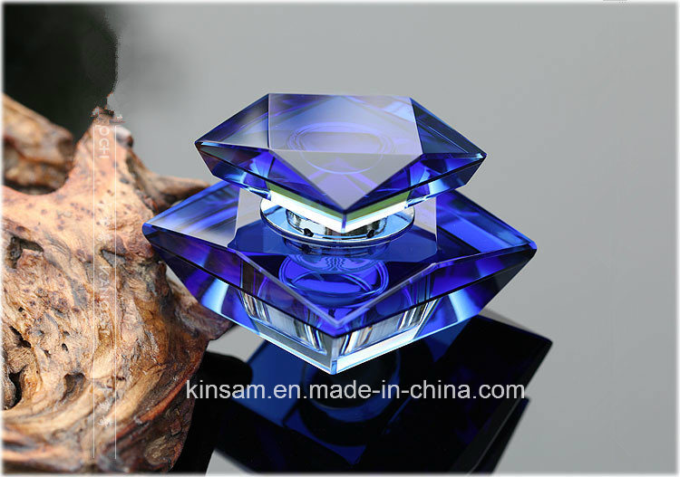 Fashion Crystal Glass Perfume Bottle for Decoration